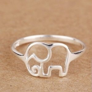 NWT | Elephant Cut Out Style Ring - 925 Sterling